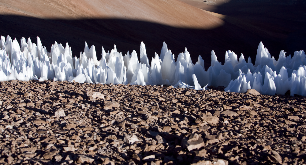 Neve no extremo sul do planalto de Chajnantor, no Chile