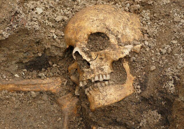 Restos mortais de um homem (imagem referencial)