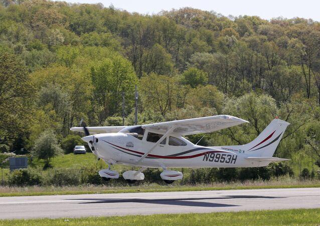 Avião monomotor Cessna (foto de arquivo)