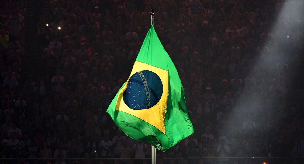 Bandeira do Brasil durante a abertura das Olimpíadas do Rio