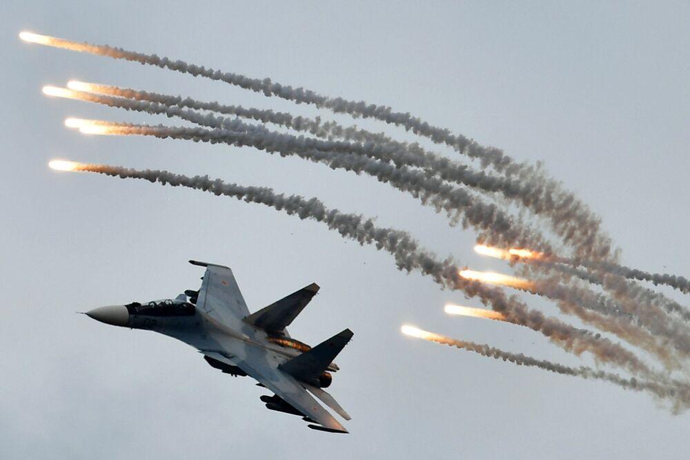 Caça Su-30SM durante o concurso militar Aviadarts 2019
