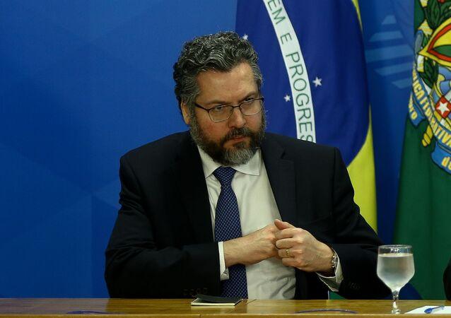 Ministro das Relações Exteriores, Ernesto Araújo, no Palácio do Planalto.