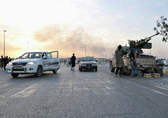 Militantes do Estado Islâmico, Mosul, Iraque