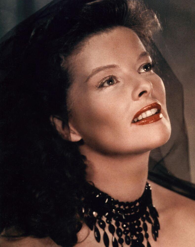 Atriz norte-americana Katharine Hepburn