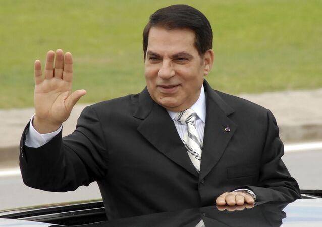 Zine El Abidine Ben Ali, ex-presidente da Tunísia, em foto de 11 de outubro de 2009, em Radès