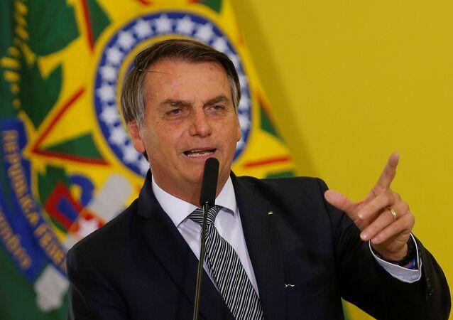Jair Bolsonaro, presidente do Brasil, discursando do Palácio do Planalto, em Brasília, em 3 de setembro de 2019
