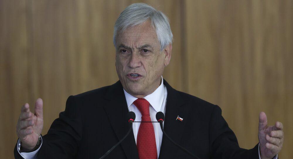 Sebastián Piñera, presidente do Chile, fala durante encontro com o então presidente do Brasil, Michel Temer, em Brasília, no dia 27 de abril de 2018.