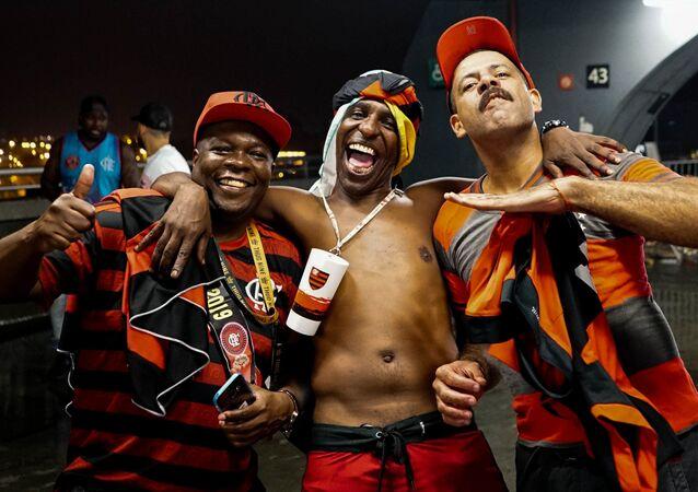 Torcida do Flamengo comemora a vitória da Libertadores