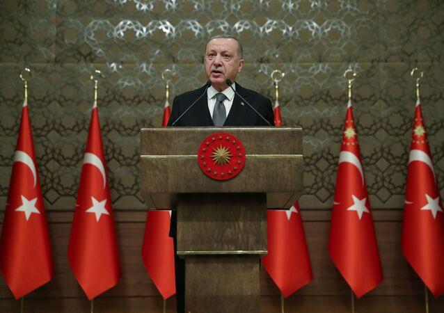 Presidente da Turquia durante simpósio em Ancara, em 2 de janeiro de 2020