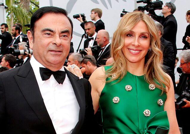 Ex-executivo da Nissan Carlos Ghosn e sua mulher, Carole