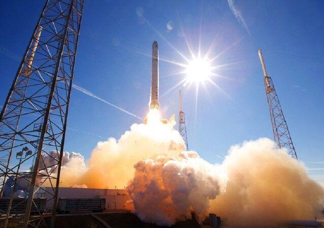 Lançamento de foguete (foto de arquivo)