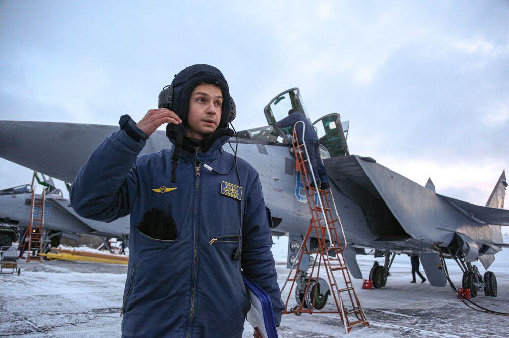 Membro da tripulação de um MiG-31