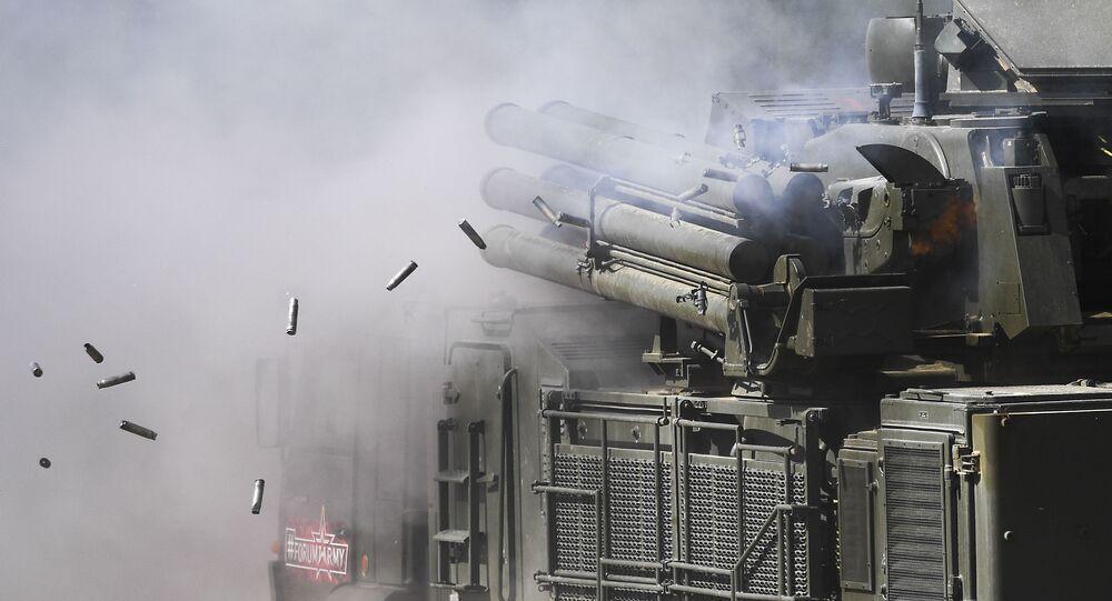 Sistema russo de defesa antiaérea Pantsir-S1
