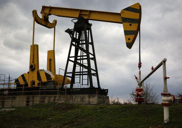 Poço de petróleo na região russa de Krasnodar (foto de arquivo)