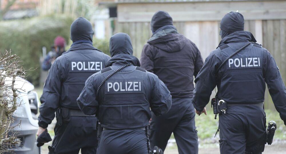 Policiais alemães durante operação (foto de arquivo)