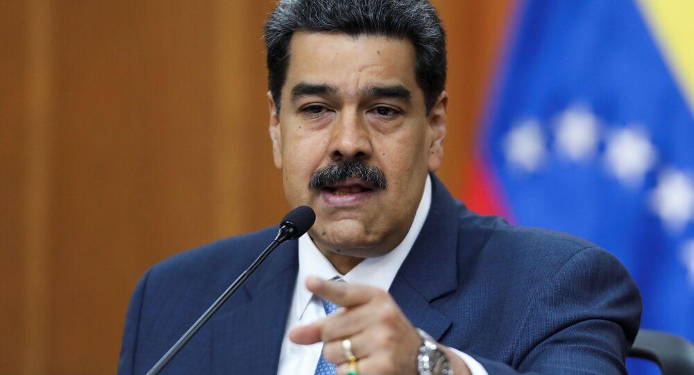 Presidente da Venezuela, Nicolás Maduro, gesticula enquanto fala durante coletiva de imprensa no Palácio Miraflores, em Caracas, Venezuela, 14 de fevereiro de 2020