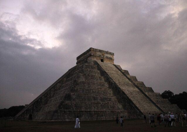 Templo maia Chichen Itza no México