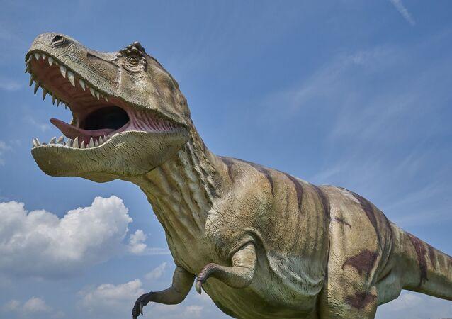 Uma réplica de um dinossauro (imagem referencial)