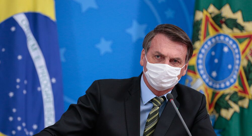 Presidente Jair Bolsonaro durante coletiva de imprensa sobre o novo coronavírus.
