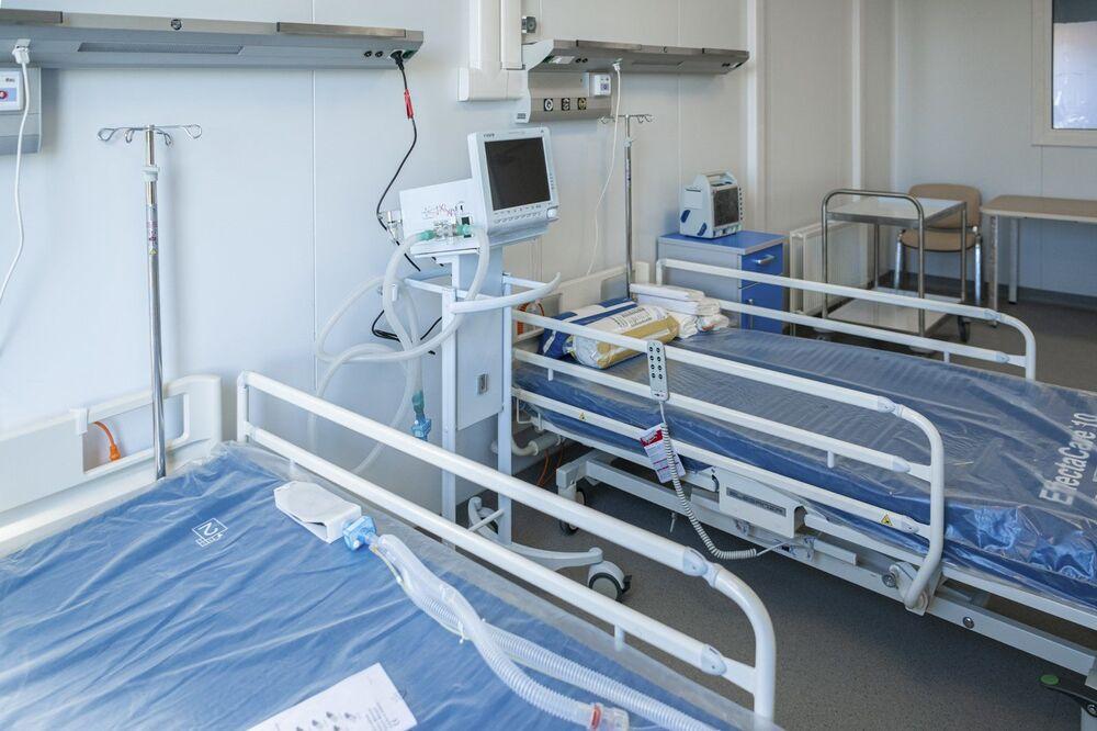 Leitos do novo hospital de infectologia em construção