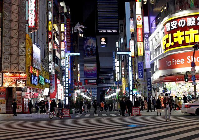 Ruas de Tóquio, no Japão, com pouco movimento durante pandemia do novo coronavírus