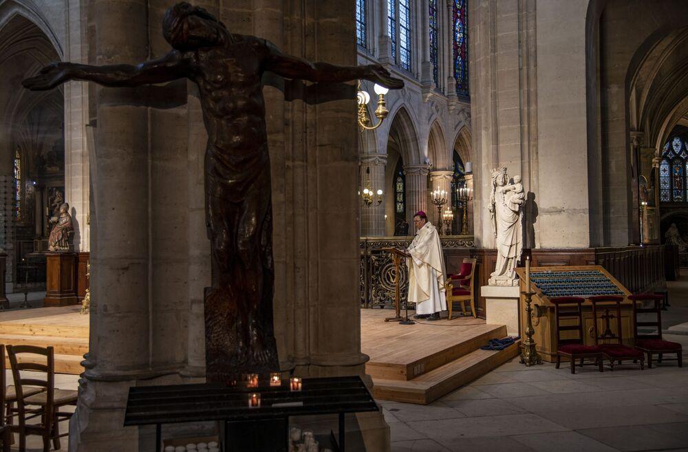 Missa de Páscoa na Igreja de São Germano, Paris