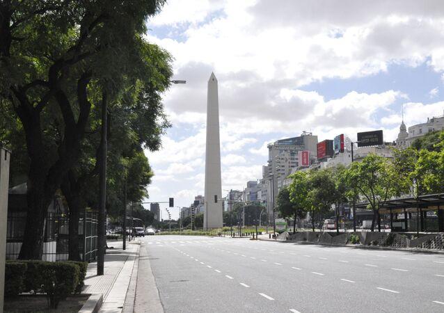 Ruas vazias em Buenos Aires, Argentina, durante pandemia de coroanvírus.