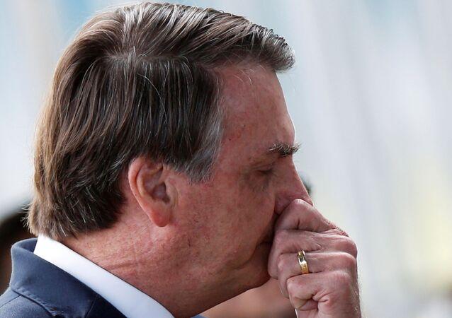 Presidente Jair Bolsonaro deixa o Palácio do Alvorada, em Brasília