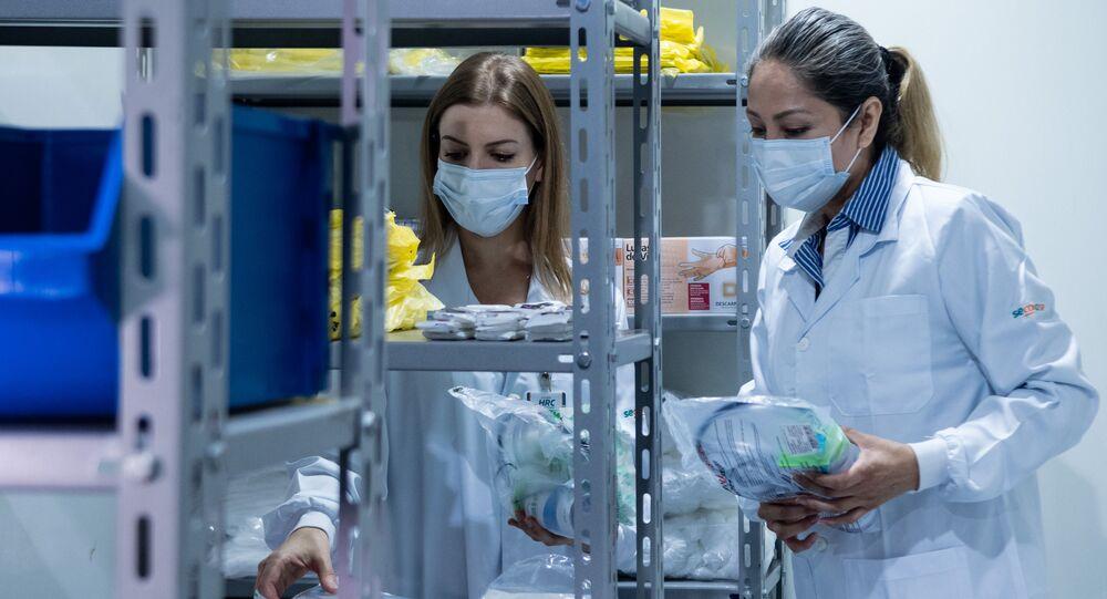 Coronavírus: profissionais da área médica trabalham na linha de frente do combate à COVID-19 no Brasil