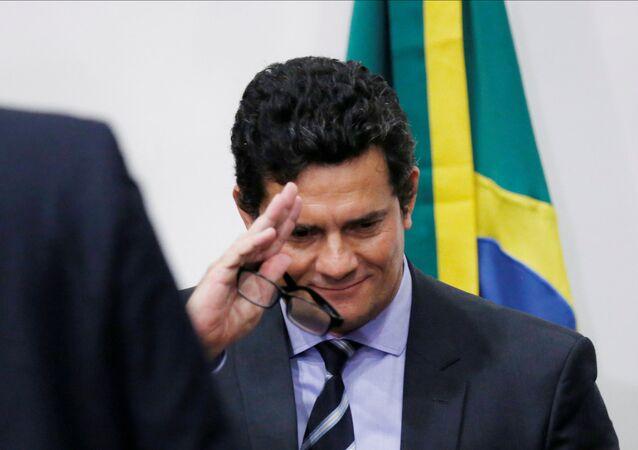 Ex-ministro da Justiça do Brasil, Sergio Moro, deixa coletiva de imprensa em Brasília, Brasil, 24 de abril de 2020