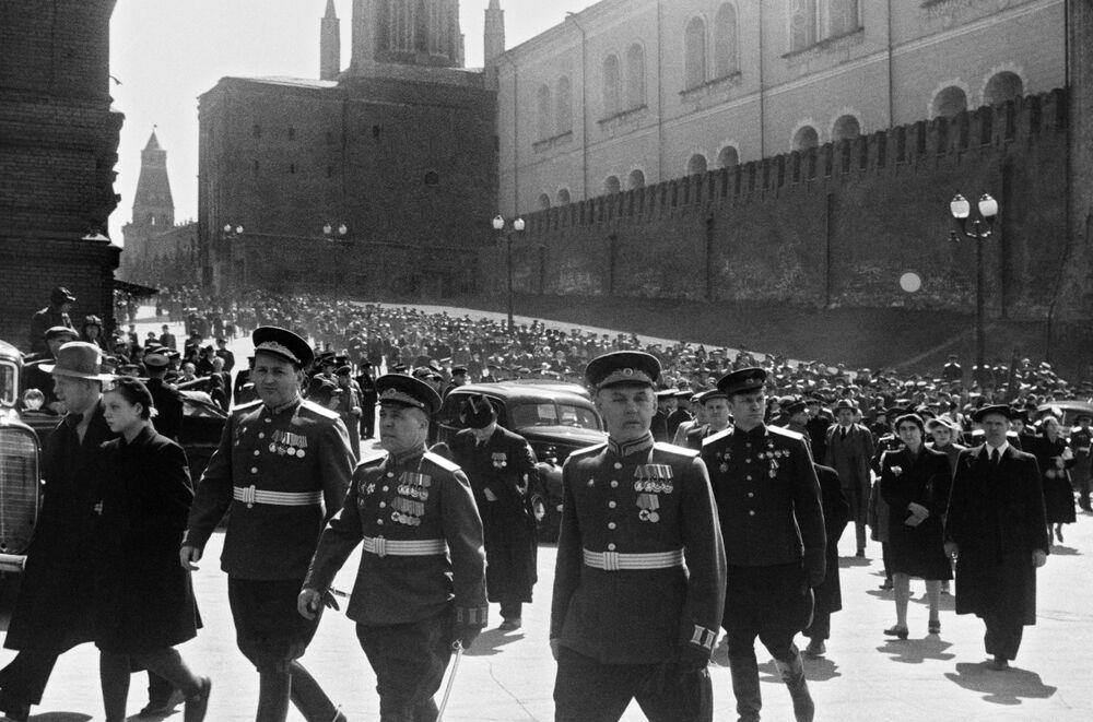 Parada em Moscou em comemoração da vitória da União Soviética