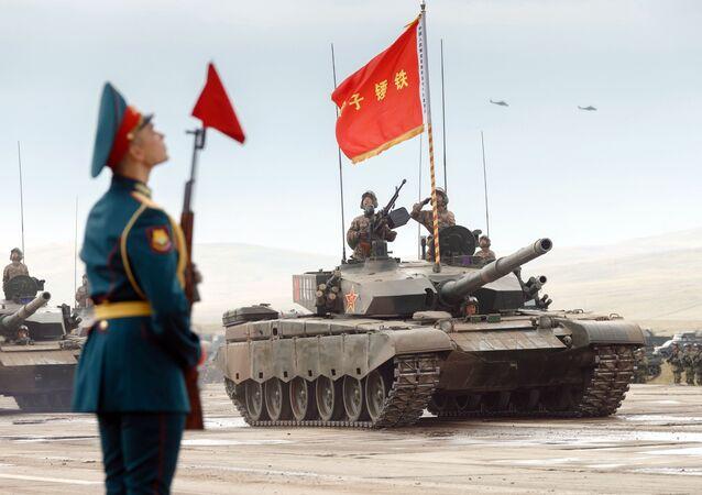 Manobras militares das Forças Armadas da Rússia e do Exército de Libertação Popular da China Leste 2018