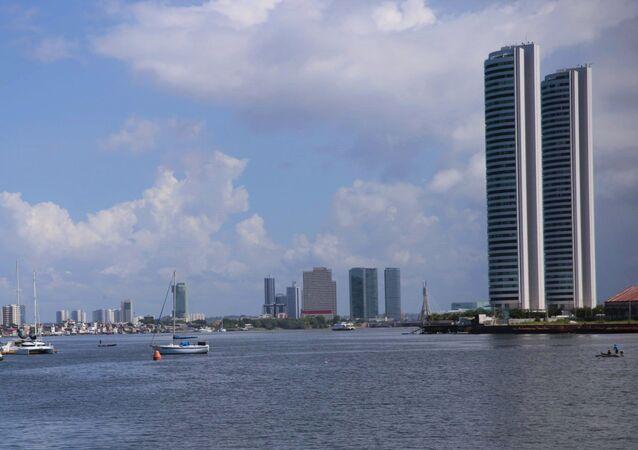 Imagens do edifício conhecido como Torres Gêmeas,  no Recife, onde filho de empregada doméstica caiu do nono andar ao estar sob cuidados da patroa