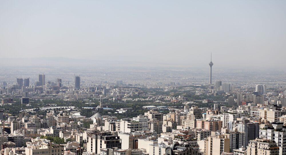 Uma visão geral da cidade de Teerã, Irã, 12 de junho de 2020