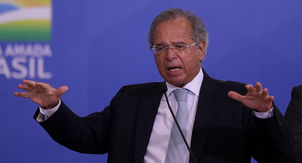 Ministro da Economia, Paulo Guedes, durante evento no Palácio do Planalto, Brasília, 30 de junho de 2020