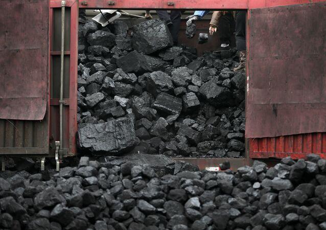 Ucrânia pode introduzir cronogramas de interrupção de energia devido à escassez de carvão