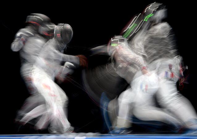Campeonato Mundial de Esgrima está sendo realizado em Moscou e garante vagas para os Jogos Olímpicos do Rio de Janeiro