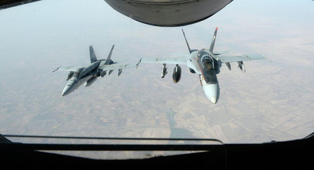 Caças das Forças Armadas dos EUA durante operação nos céus da Síria
