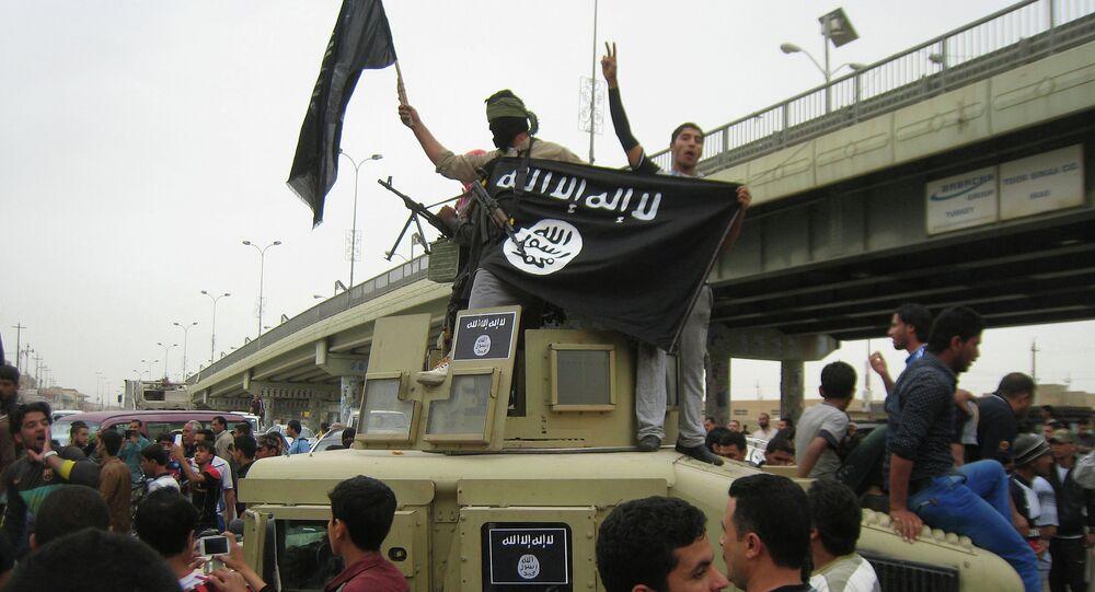 Militantes do Estado Islâmico em Fallujah, no Iraque