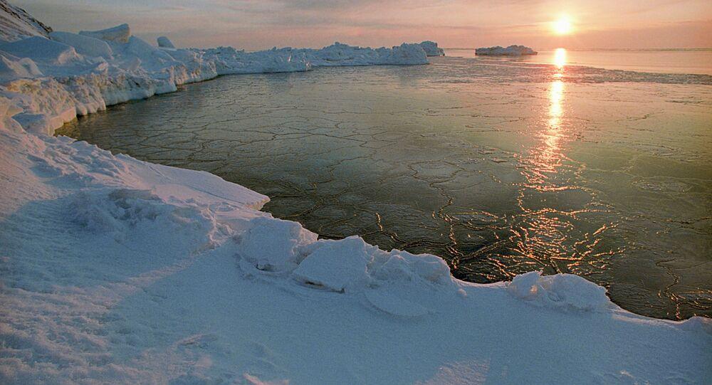 Amanhecer no Ártico russo