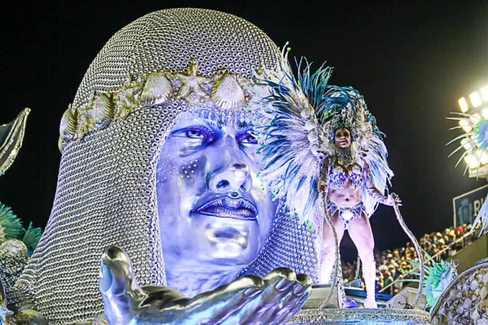 Portela pintou um Rio de Janeiro surreal na Avenida