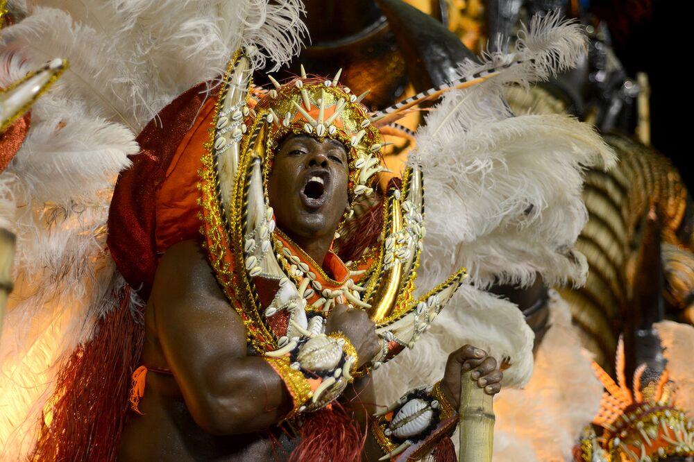 Beija-Flor mostrou uma Guiné Equatorial imponente