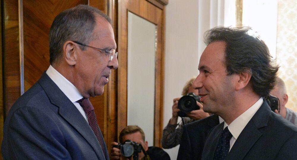 O encontro do chanceler russo, Sergei Lavrov, e o líder da Coalizão Nacional Síria, Khaled Khoja, em Moscou. 14 de agosto de 2015.