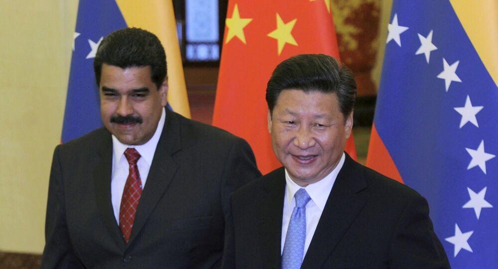 Presidente da China, Xi Jinping, recebe o presidente da Venezuela, Nicolás Maduro