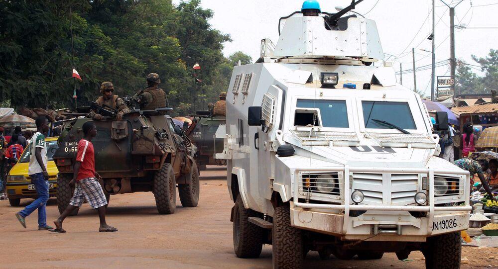 Patrulha pelas ruas de Bangui, capital da República Centro-Africana (14-09-2015)