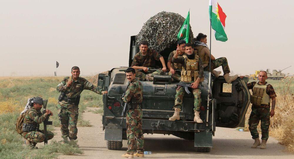 Militares curdos