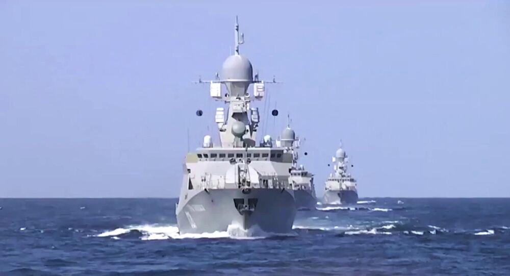 Frota russa no Mar Cáspio.