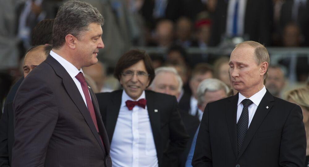 Presidente da Ucrânia, Pyotr Poroshenko, e presidente da Rússia, Vladimir Putin