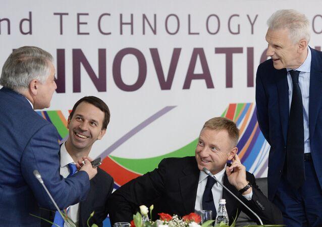 Ministro da Educação e Ciência da Rússia, Dmitry Livanov