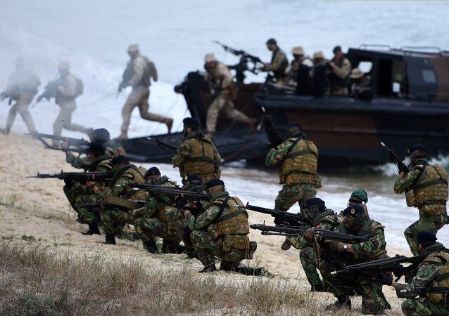 Fuzileiros portugueses participam dos exercícios da OTAN Trident Juncture 2015